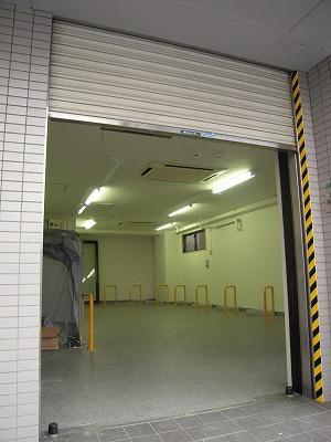 バイクガレージ・テルス川崎中島レジデンスの物件外観