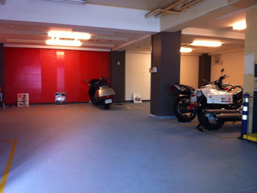 バイクストレージ西東京クラブの物件外観