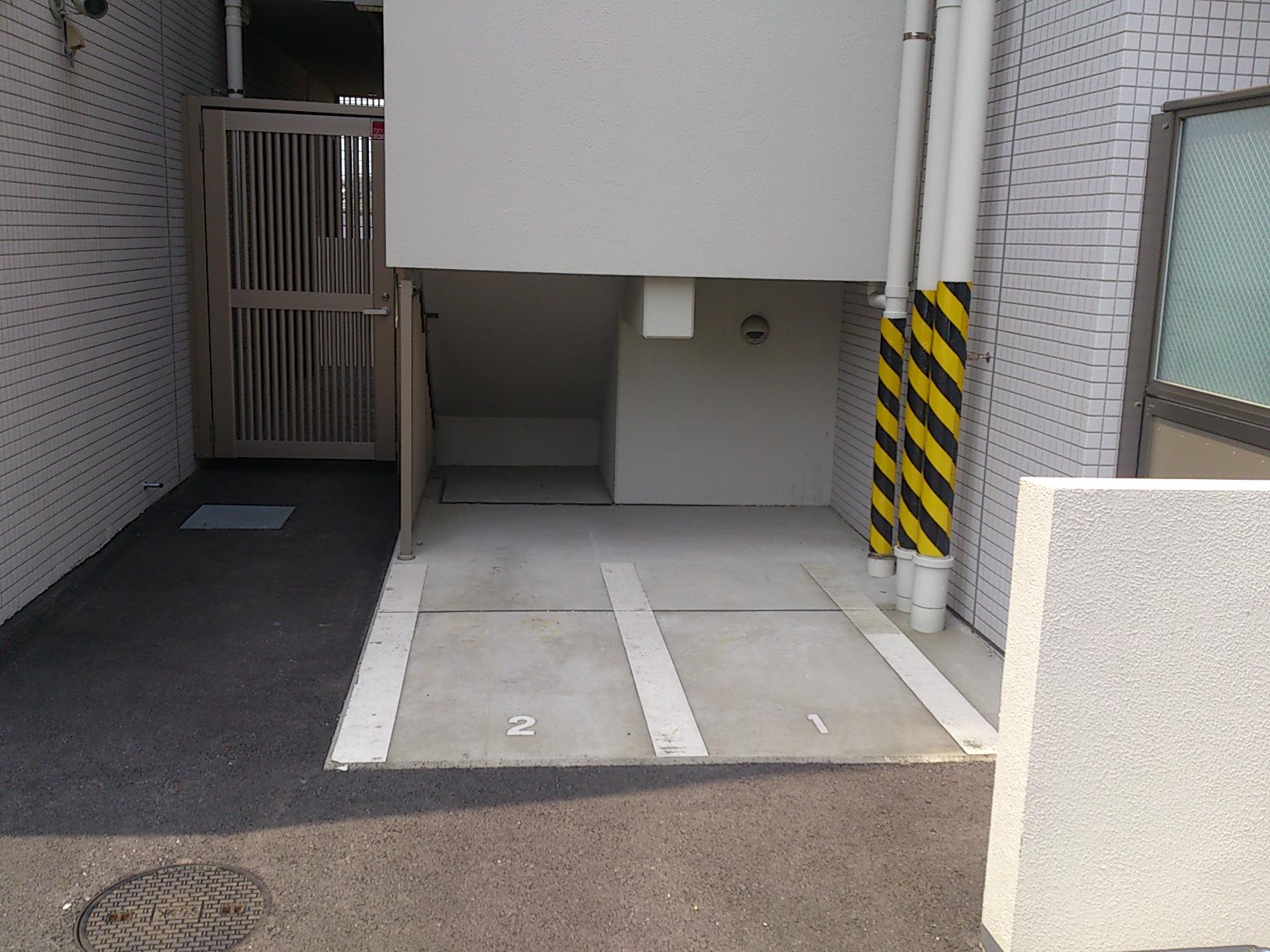 スタイリオ妙蓮寺バイク駐車場の物件外観