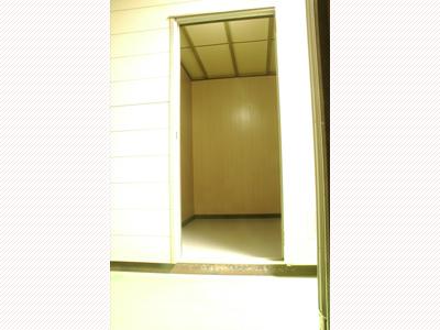 北松戸ライゼボックス内装2
