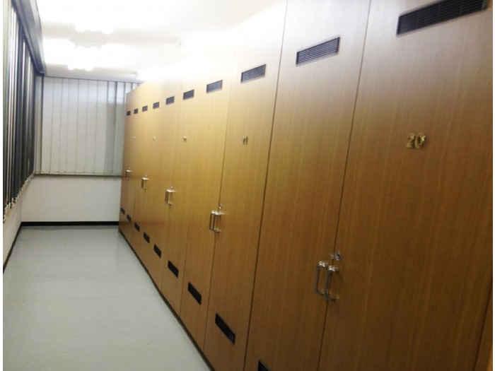 2重セキュリティで安心・安全 押入れ産業 RSS八王子東店外観1