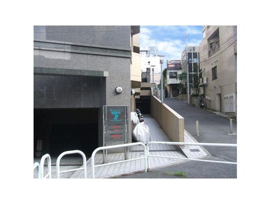 ハローストレージ渋谷松濤パート2外観1