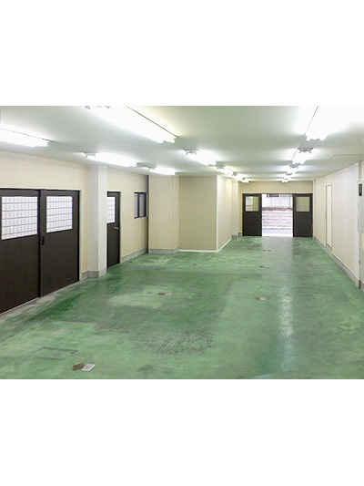 加瀬のトランクルームガレージ倉庫葛飾区東立石