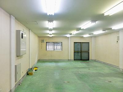 加瀬のトランクルームガレージ倉庫葛飾区東立石外観2