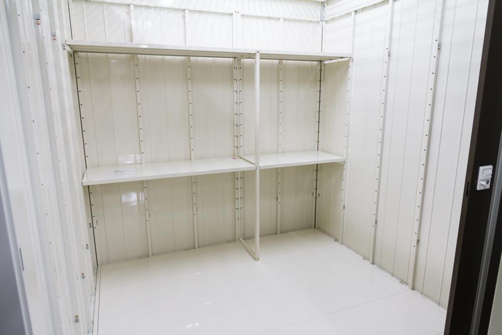 2重セキュリティで安心・安全 押入れ産業 PiO四谷三丁目店外観2