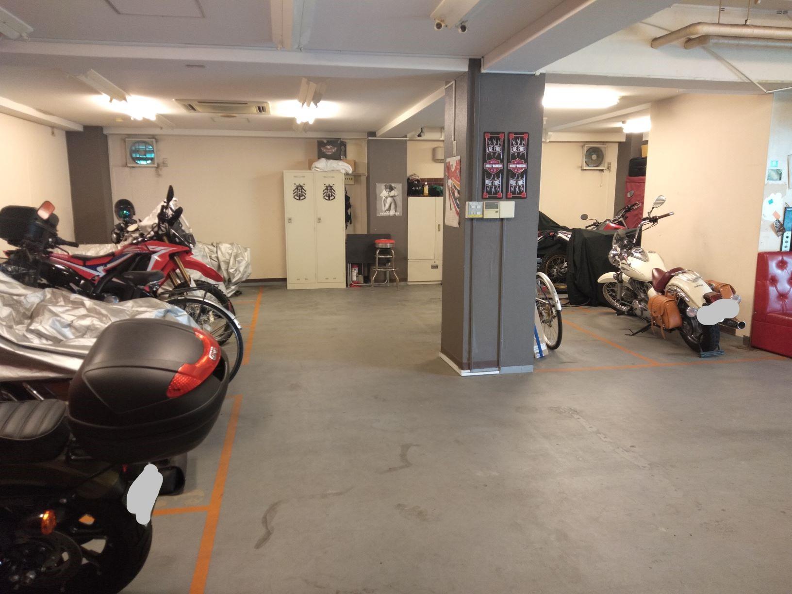 バイクガレージ西東京クラブ