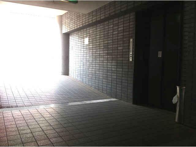 湘南エスパス店(室内型トランクルーム)