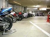 バイクガレージ中野駅前の物件外観