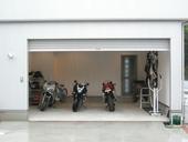 バイクガレージ川越インター入口の物件外観