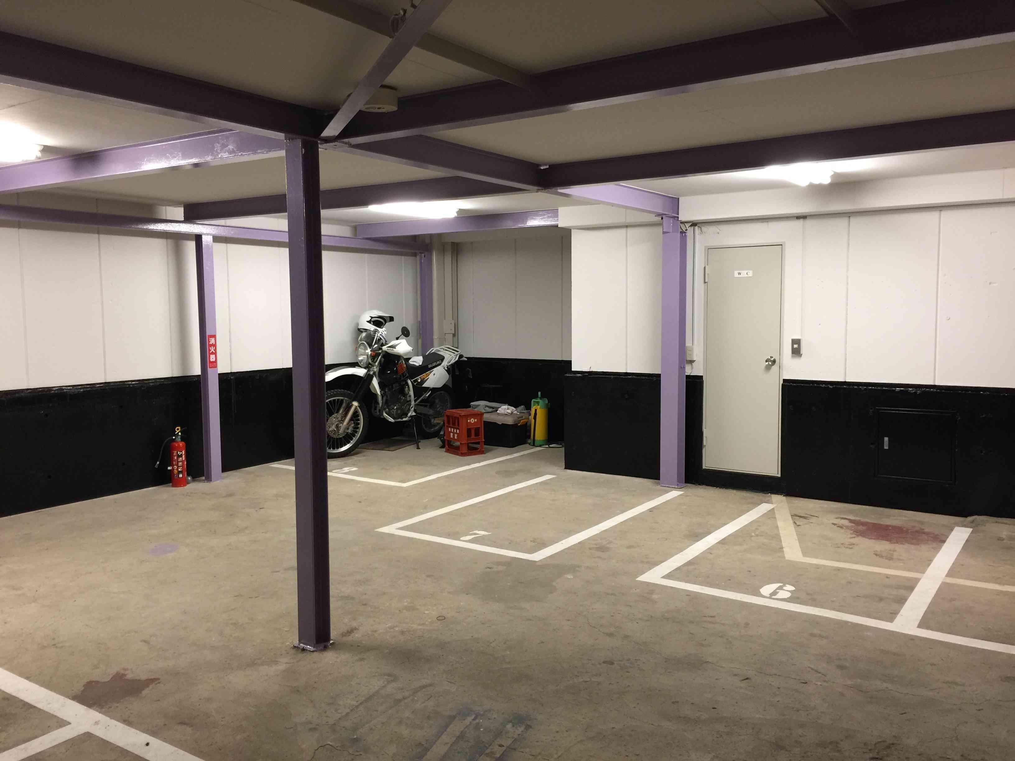 バイクストレージ大島クラブの物件外観